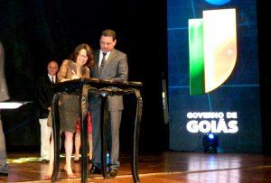 Presidente da FAPEG, Maria Zaira Turchi, assina protocolos para investimentos em inovação no Estado de Goias. Foto: Ascom FAPEG.