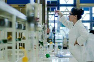 MCTIC lança chamada pública chamada pública para apoiar a inserção de pesquisadores nas empresas tecnológicas.