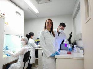 Gabriela Duarte pesquisadora microchip covid