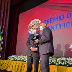 Prêmio Mérito Científico 3